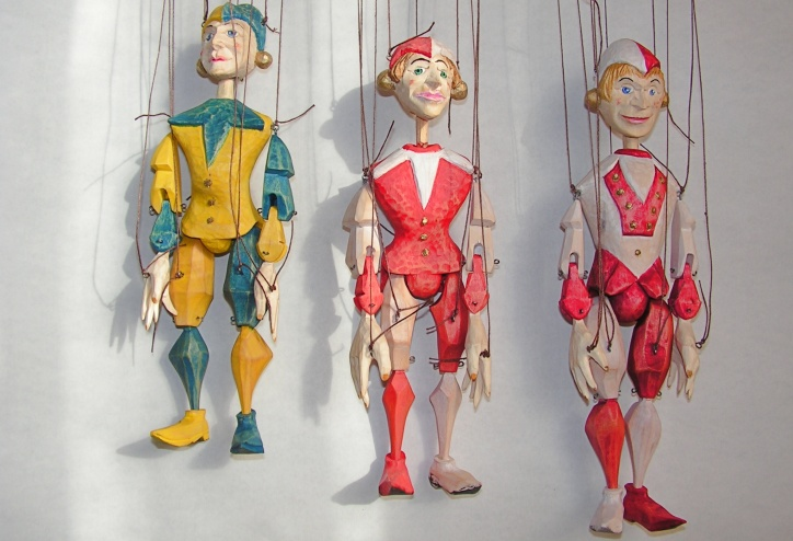 Loutky, Puppets, Puppen